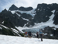Mount-Shuksan-Fisher-Chimney-with-NW-Alpine-Guides-200x150
